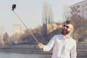 selfie-snapper